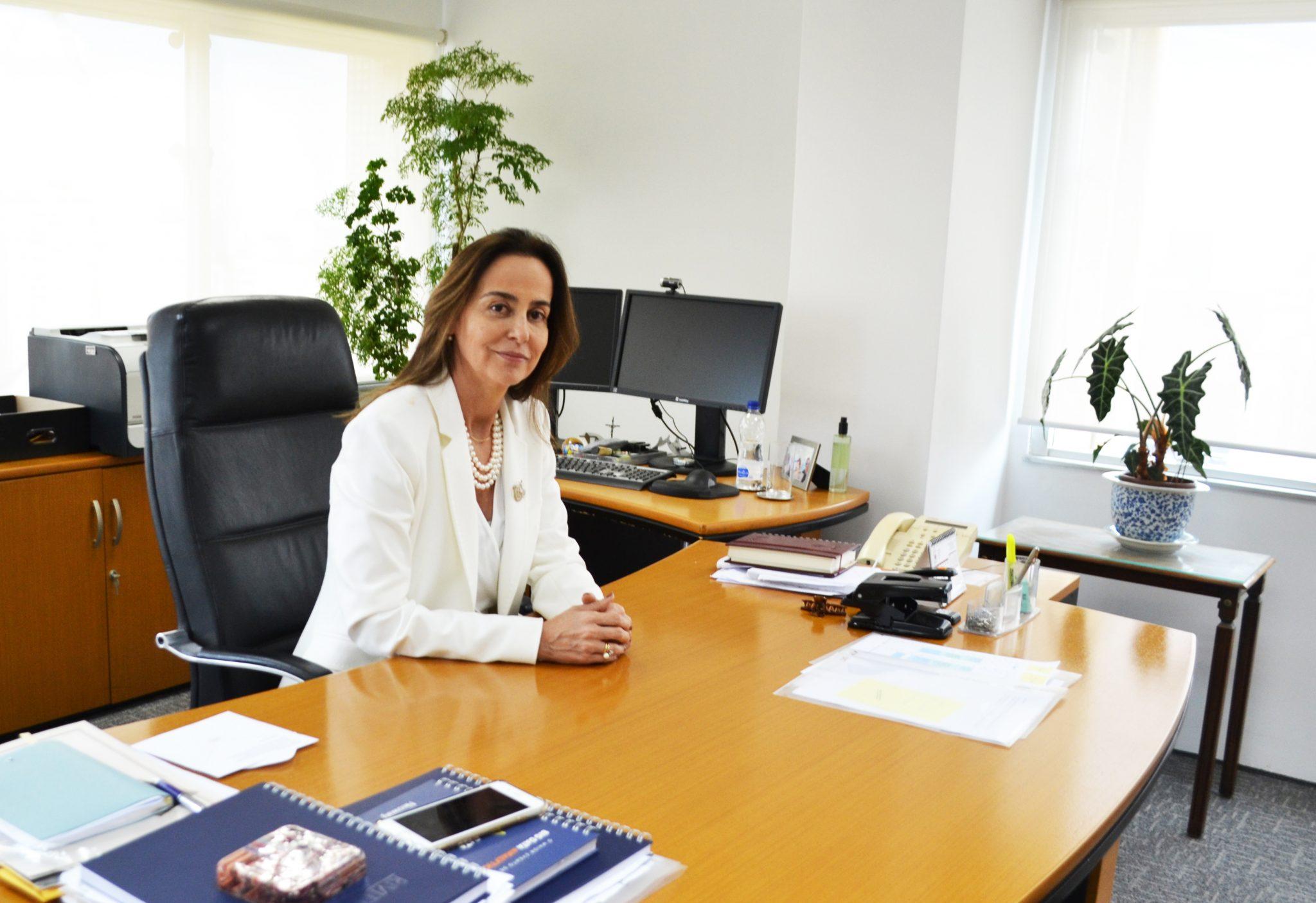 A Procuradora Geral Maria Lia Pinto Porto Corona